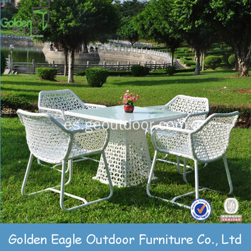 SGS Approvaled Fabric Material Wicker Dining Set