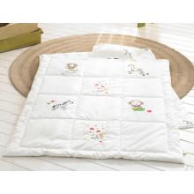 Quilts de bebê de algodão orgânico conjunto Baby produtos travesseiro de bebê bordado branco e colcha