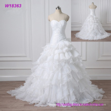 2017 Spitze bestickt Perlen Vintage Sweet Straps Hochzeitskleid