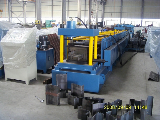 Z Sektionsmetall Purlin Roll Forming Machine