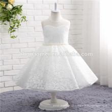 2017 weiße farbe einfache design weste tragen ein stück mädchen kleid kinder tragen spitze hochzeitskleid für mädchen