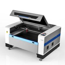 Máquina de corte a laser de CO2 em borracha e espuma