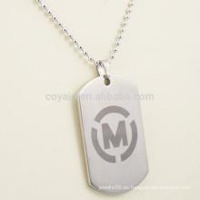 Collar personalizado de la etiqueta de los hombres del metal con su propio logotipo