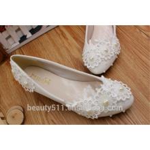 Doux fleur à fleurs blanches en soie étanche talon plate-forme chaussures de mariée en diamant de mariage chaussures nuptiales WS015