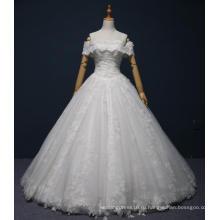 с плеча кружева длиной до пола свадебное платье