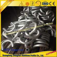 Perfil de tubo de alumínio com processamento de flexão