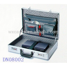 neue Ankunft stark und tragbaren Laptop Aluminiumgehäuse aus China Hersteller Großhandel