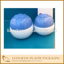 cosmetic packaging with cream jar