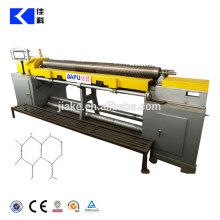 Máquina de malha de arame hexagonal reta e reversa do CNC
