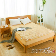 Excelente hotel utilizado algodón fino en el medio acolchado protector de colchón