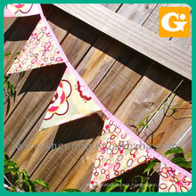 Factory wholesale polyester triangle pennant string flag
