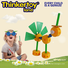 Cut Peacock Plastic Animal Toy for Kindergarten