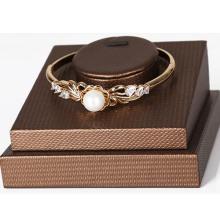 Nouveau Design Bronze PU Bracelet Présentoir en gros (BGL-BZL-N1)
