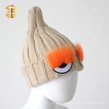 Venta al por mayor China beige color invierno beanie piel tejida Hat