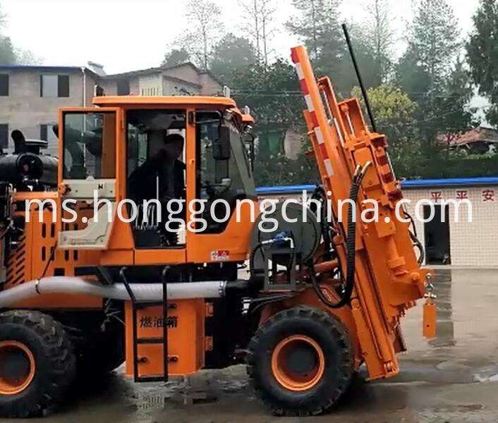 Drill Rod Guardrail Pile Driver