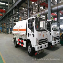 China Suppliers Small Fuel 5000 Liters Tanker Truck
