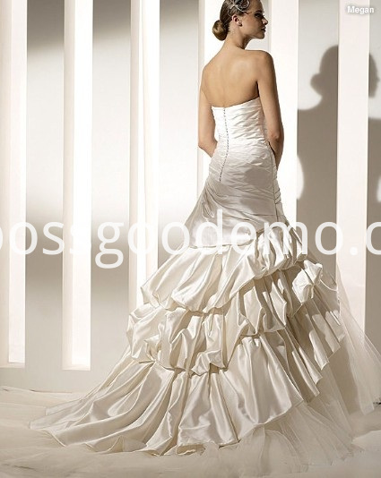 Trumpet Mermaid Strapless Chapel Train Taffeta Organza Ruffled Wedding Dress