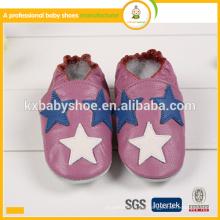Heiße Verkaufsqualitäts reizendes Sternmuster echtes echtes Leder weiche alleinige handgemachte fühlte Babyschuhe