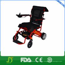 Rehabilitation Elektrischer Rollstuhl für Behinderte benutzen