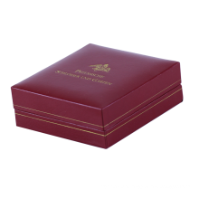 High-end luxury jewelry gift packaging custom MDF wooden box magnet