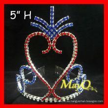 La corona más nueva de la tiara del desfile patriótico