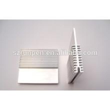Extrusion haute précision Aluminium HeatSink
