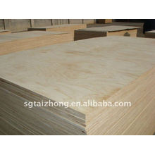 High Quality Pine Plywood (18*1220*2440MM)