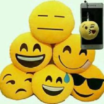 Plüsch Emoji Kissen