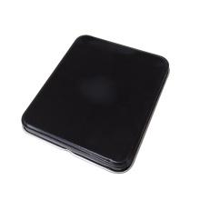Металлическая коробка черного цвета с металлическим корпусом с шарниром