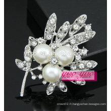 Broche en cristal de perles nacre