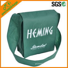 Hot selling fashion reusable printed shoulder travel bag with cover