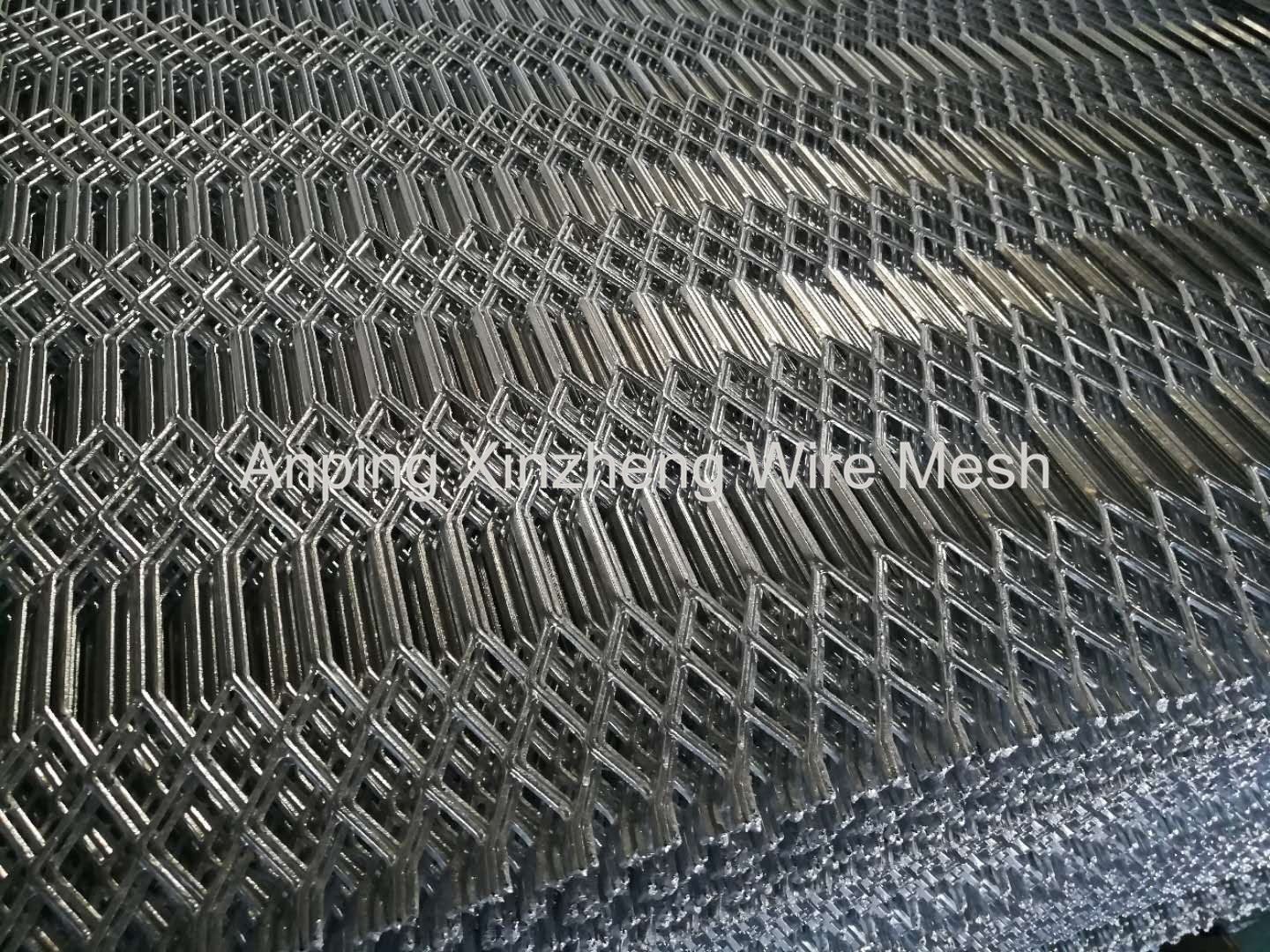 Hexagonal Hole Expanded Mesh