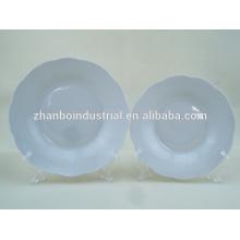 """8 """"placa de sopa de forma de flor de porcelana branca"""