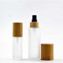 Bouteilles en verre givré à vaporiser avec couvercle cosmétique en bambou
