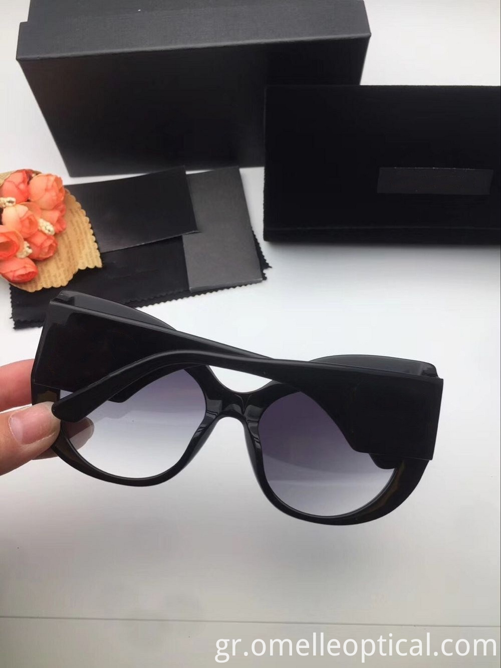 Black Uv Protection Sunglass