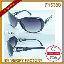 Модные солнцезащитные очки для женщины с свободный образец (F15330)