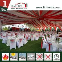 50X60m großes weißes Festzelt mit Stühlen für 3000 Personen