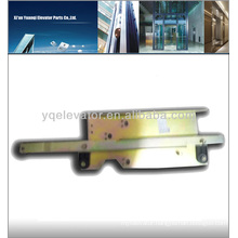Hitachi old-fashioned elevator door knife