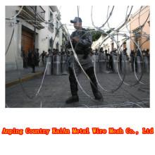 low price Concertina Razor Barbed Wire / Razor Barbed Wire Mesh Fence / PVC Coated Razor Wire / Barbed Wire --- 30 years factory