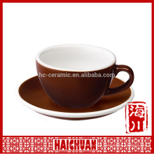 Novel ceramic cup and saucer with color rim