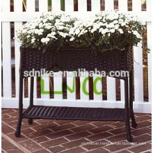 2014 latest and popular outdoor rattan garden vase