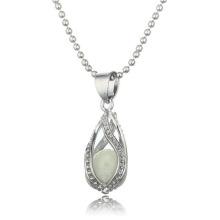 Vente en gros de mode Collier design nouveau Collier en forme de pierre lumineuse Femmes