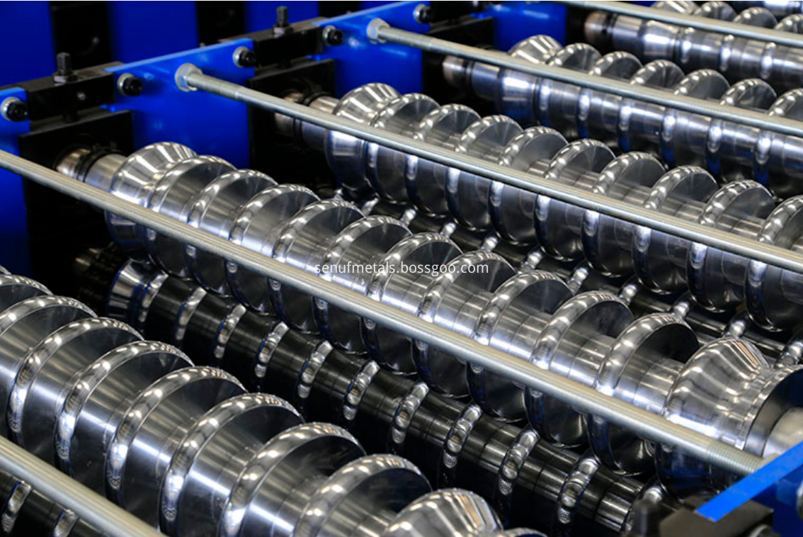 Corrugated roof sheet forming machine rollers