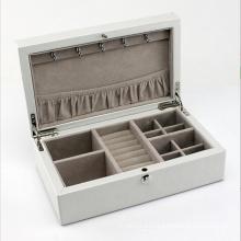 Красота кожаный Коробка ювелирных изделий с белой кожей (НХ-A0751)