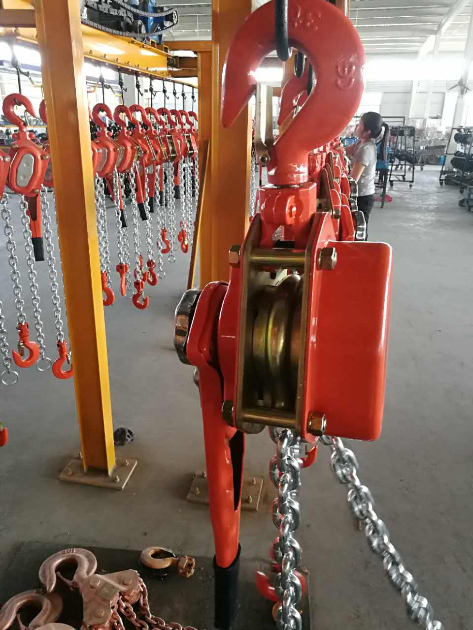 handle lever hoists