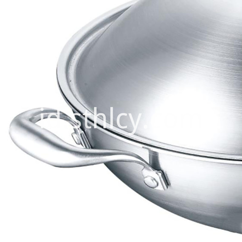 stainless steel pans safe
