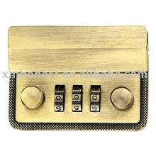 3 codes combination lock