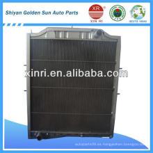 Radiador de cobre para Steyr 0267 con el tamaño de núcleo 875 * 680mm