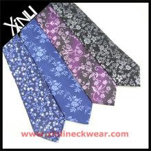 Flor con diferentes Neckti de seda