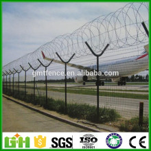 High Quality Hot Dipped Galvanized Y Post Welded Airport Security Fence wire mesh fence